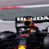Red Bull 'calm' amid new flexible wing saga